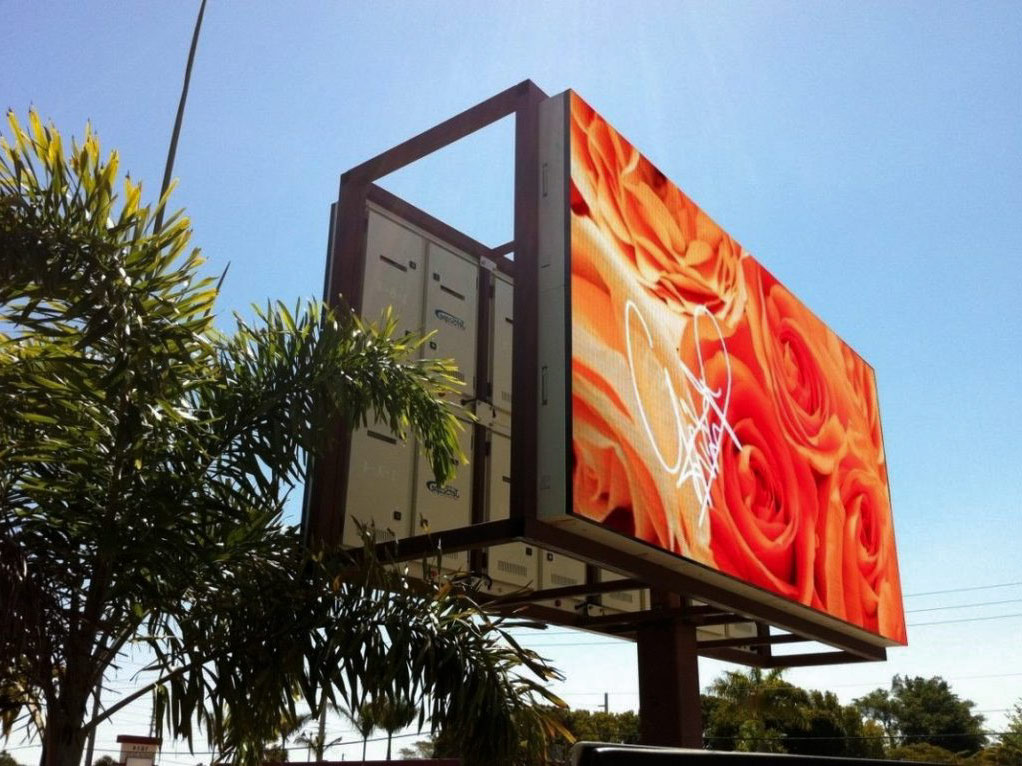 GIANT LED SCREENS FOR ADVERTISING POSTERS