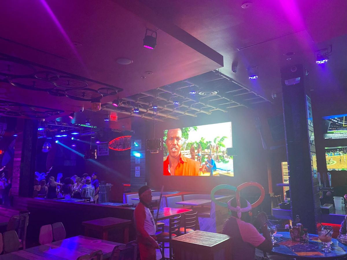 Led-video-Screens-for-bar