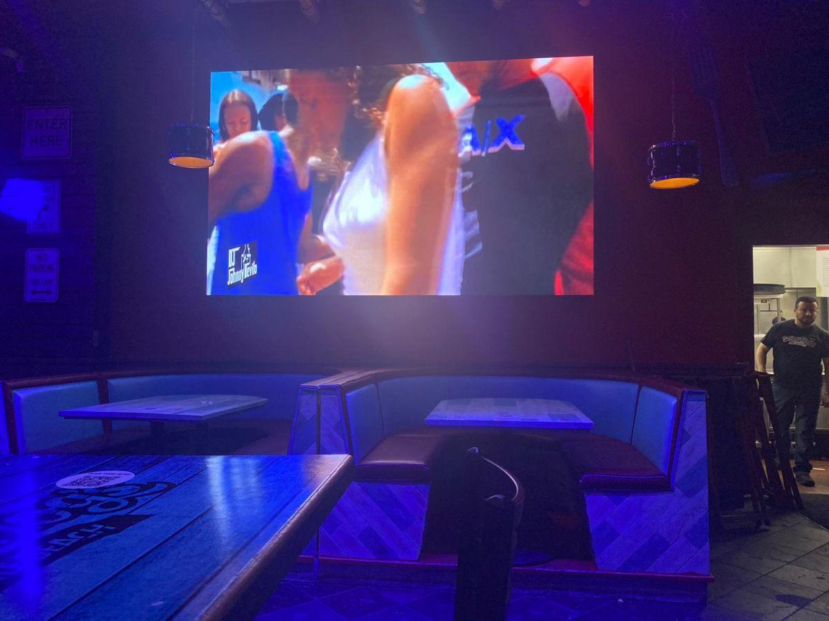 Led-video-Screens-for-pub